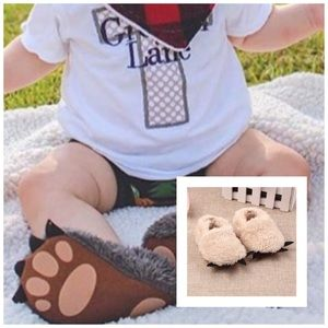 Other - NWT! Beige Furry Paw Animal Slippers